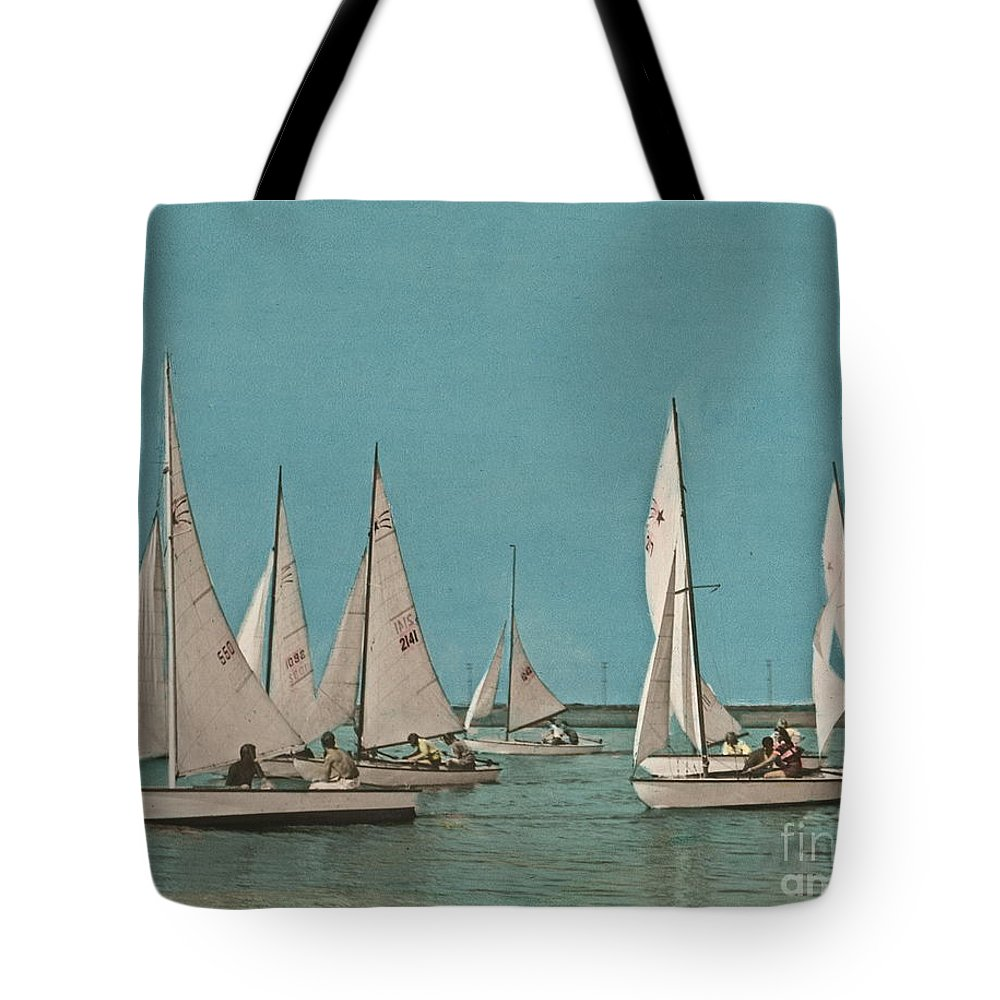 Comet Class Sailboat Tote Bag featuring the photograph Comet Race Start by Nancy Patterson