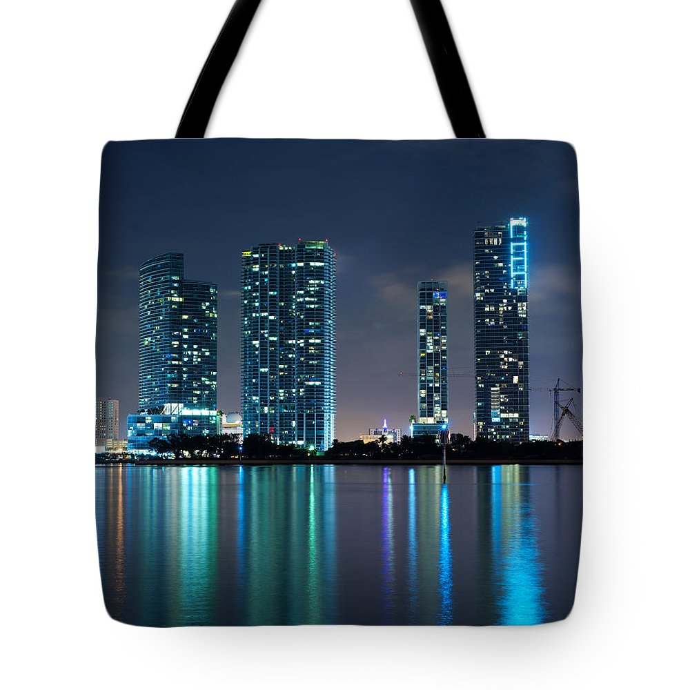 900 Biscayne Bay Tote Bag featuring the photograph Condominium Buildings In Miami by Vintage Treasure