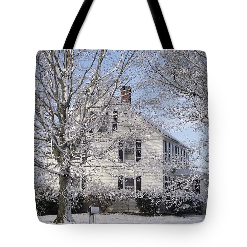 Connecticut Farmhouse Tote Bag featuring the photograph Connecticut Winter by Michelle Welles