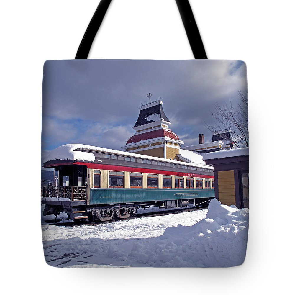 Landscape Tote Bag featuring the photograph Conway Railroad by Barbara McDevitt
