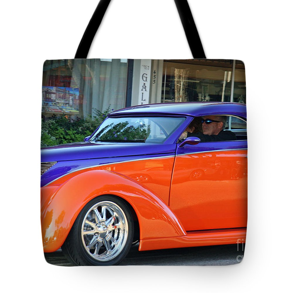 Car Show Tote Bag featuring the photograph Cool Cruisin by Tap On Photo