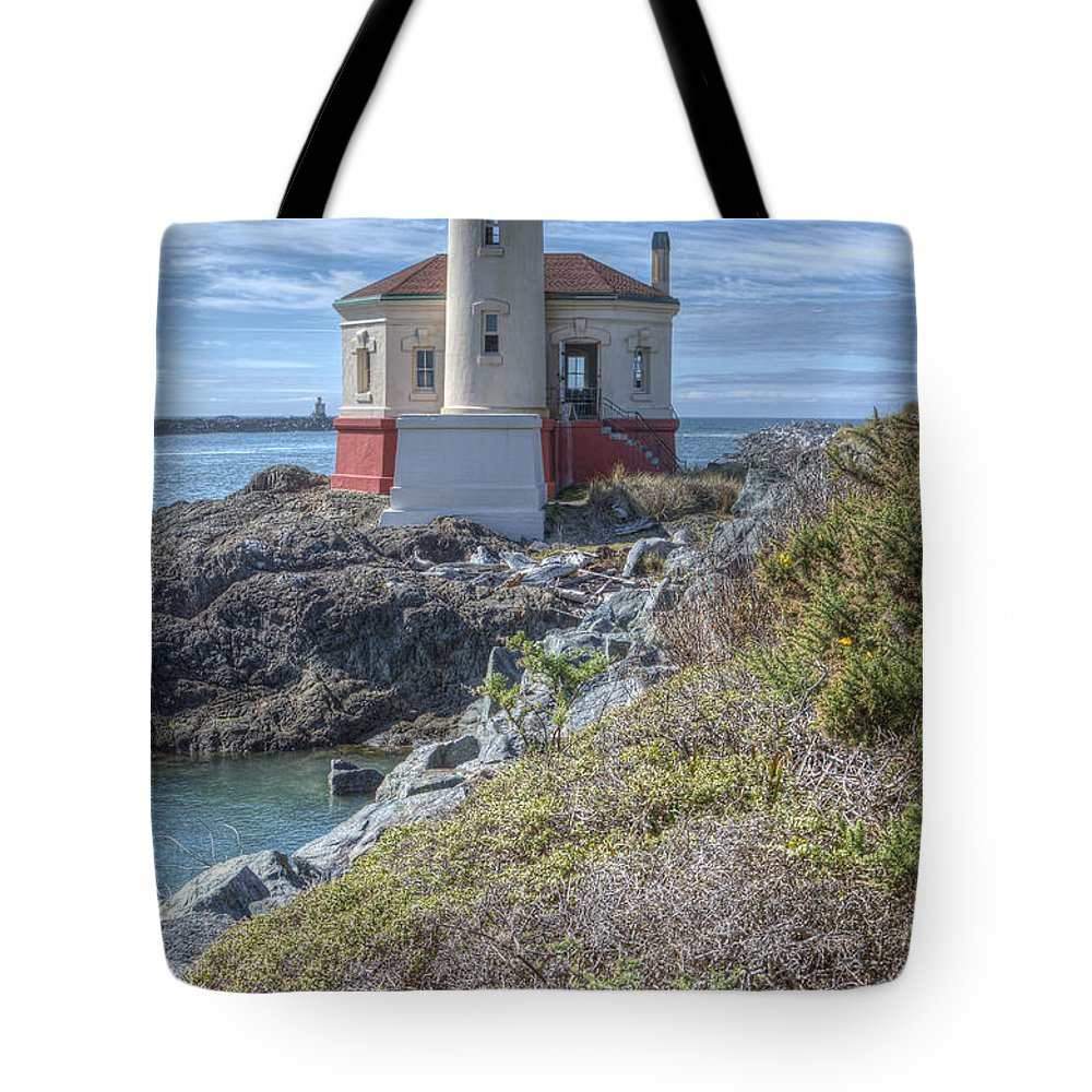 Bandon Oregon Tote Bag featuring the photograph Coquille River Lighthouse by Lindley Johnson