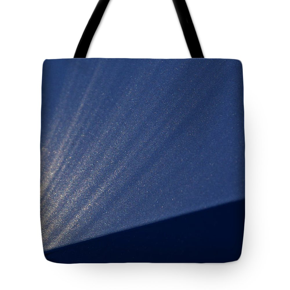 Starburst Tote Bag featuring the photograph Event Horizon by Guy Shultz