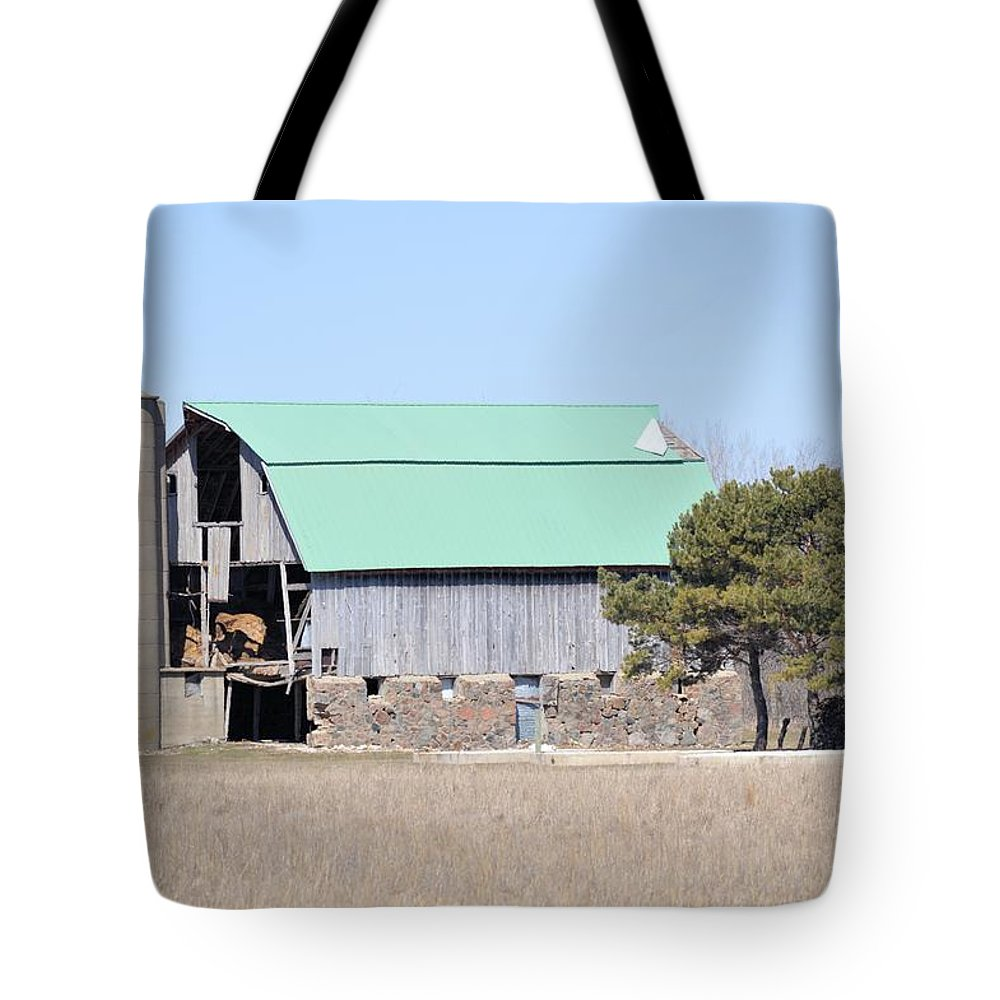 Barn Tote Bag featuring the photograph Craggy Old Barn by Bonfire Photography