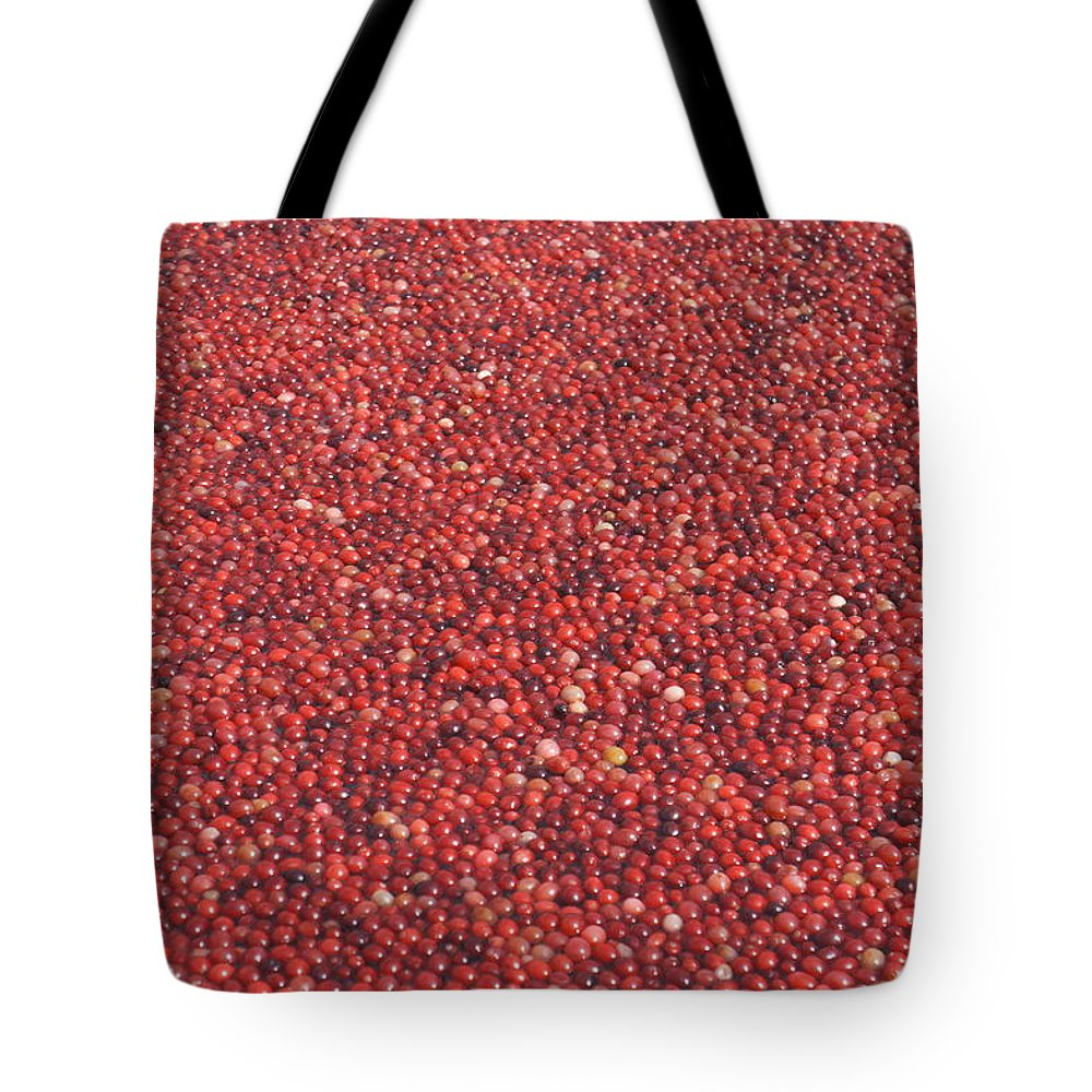 Cranberry Tote Bag featuring the photograph Cranberries by Laurie Perry