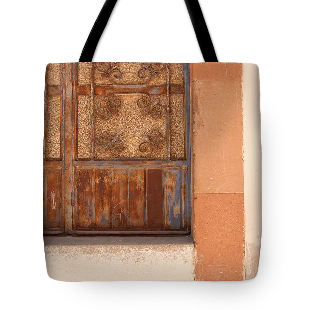 Mexico Tote Bag featuring the photograph Creatively Covering by Lindley Johnson