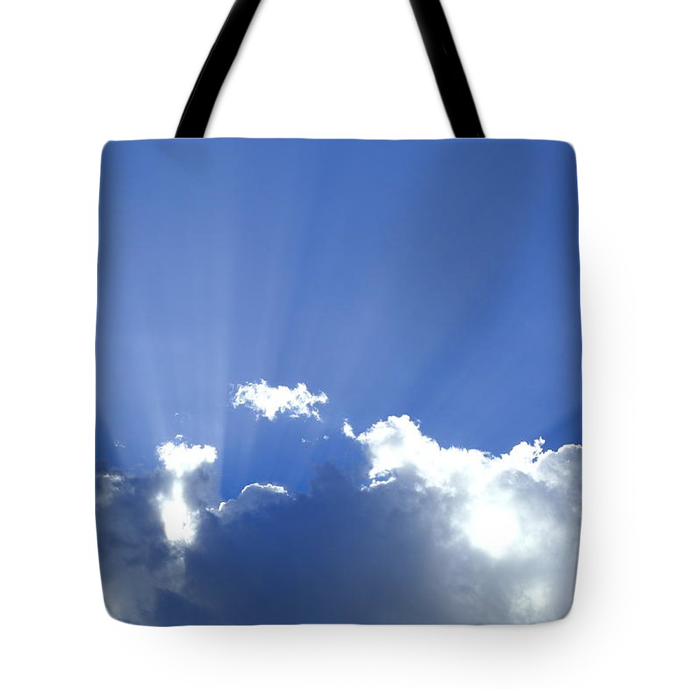 Crepuscular Rays Tote Bag featuring the photograph Crepuscular Rays 2am-005269 by Andrew McInnes