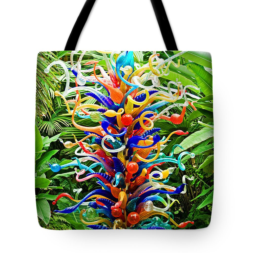 Flowers Tote Bag featuring the photograph Cristal Garden by Manuel Lopez