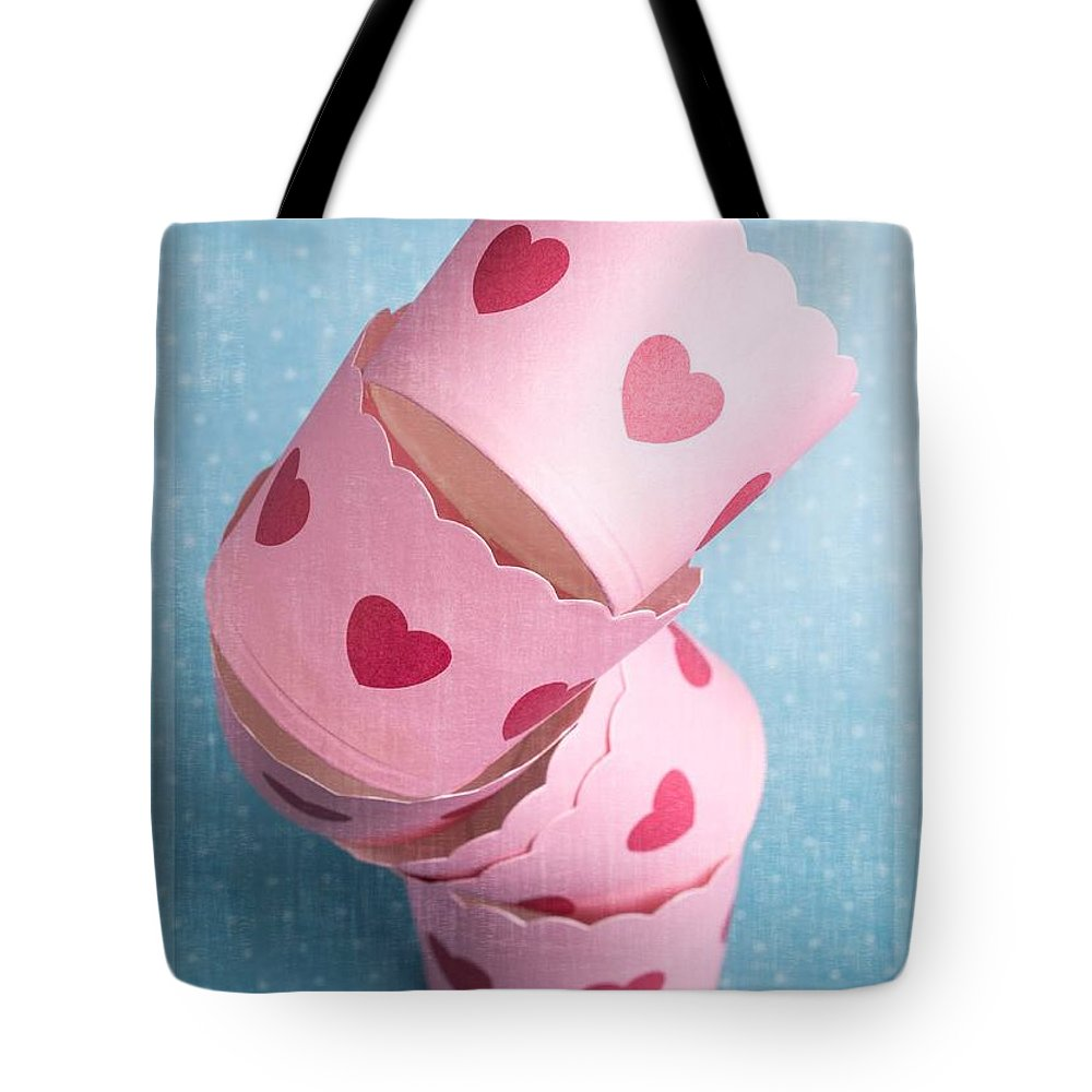 Heart Tote Bag featuring the photograph Cupcake Love by Edward Fielding