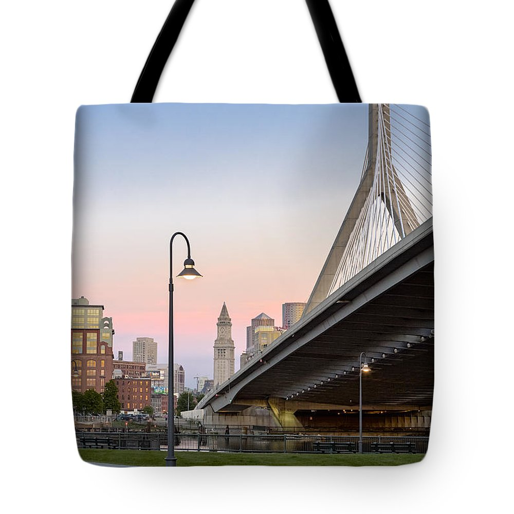 Boston Tote Bag featuring the photograph Custom House And Zakim Bridge by Susan Candelario