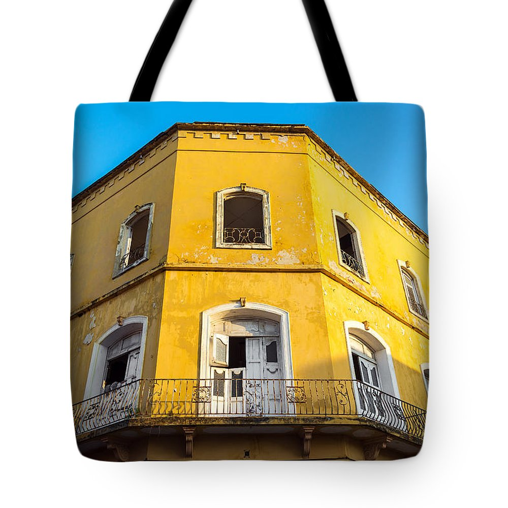 Colombia Tote Bag featuring the photograph Damaged Colonial Building by Jess Kraft