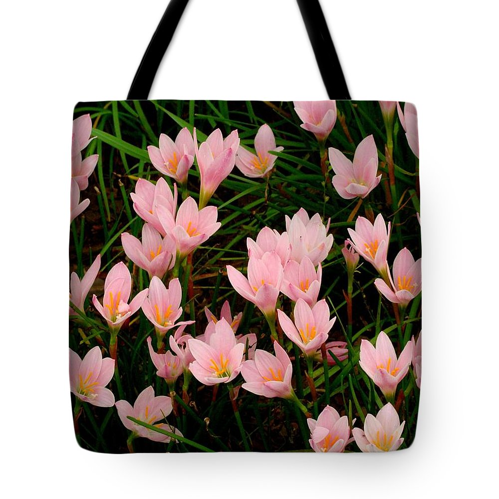 Fine Art Tote Bag featuring the photograph Dancers by Rodney Lee Williams
