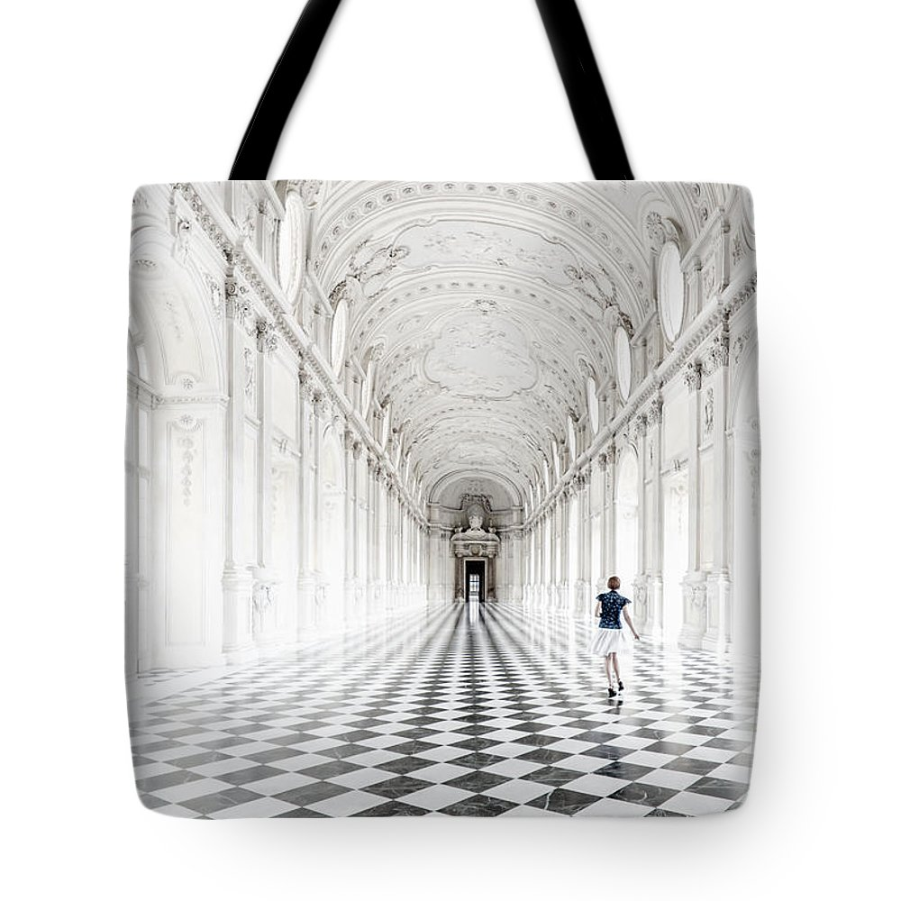 Tote Bag featuring the photograph Dancing In The Galleria Grande by Giuliano Iunco