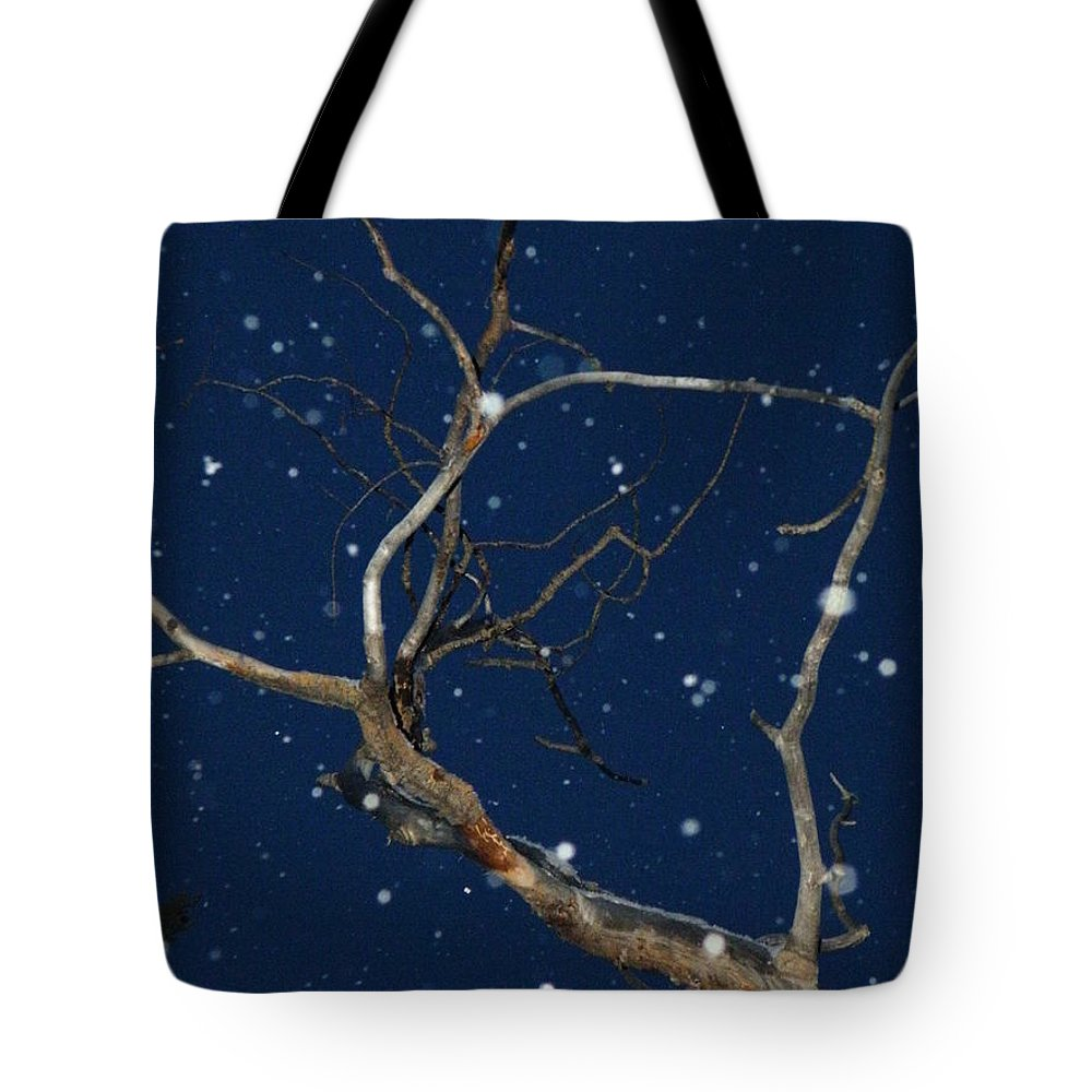 Dusk Tote Bag featuring the photograph Dancing Through The Dusk by Brian Boyle