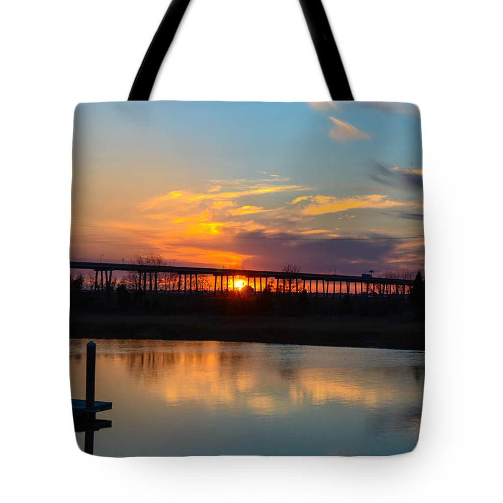 Sunset Tote Bag featuring the photograph Daniel Island Sunset by Dale Powell
