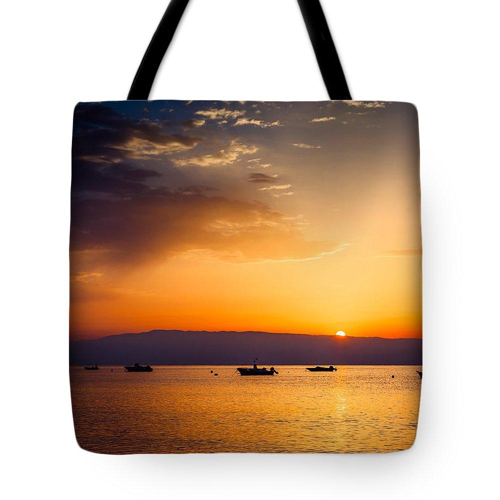 Dawn Tote Bag featuring the photograph Dawn by Alfio Finocchiaro