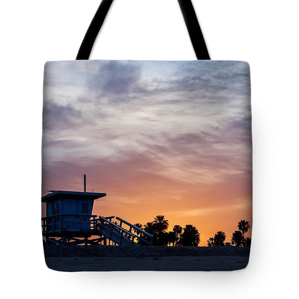 Venice Beach Tote Bag featuring the photograph Dawn At Venice Beach by Art Block Collections