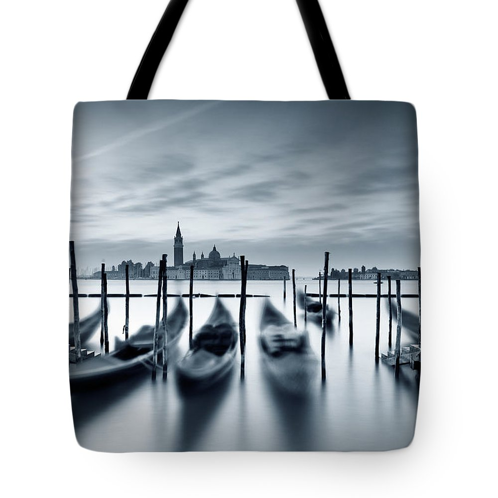 Dawn Tote Bag featuring the photograph Dawn In Venice by Mammuth