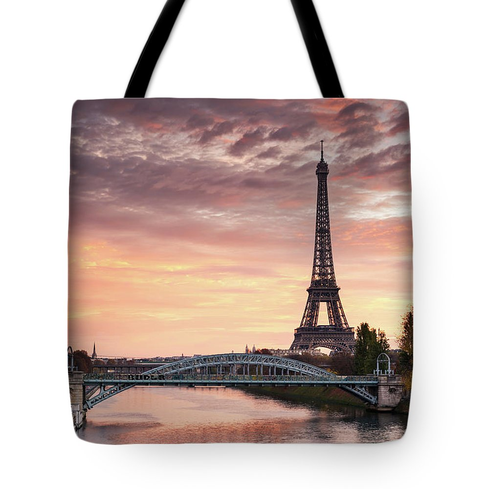 Dawn Tote Bag featuring the photograph Dawn Over Eiffel Tower And Seine by Matteo Colombo