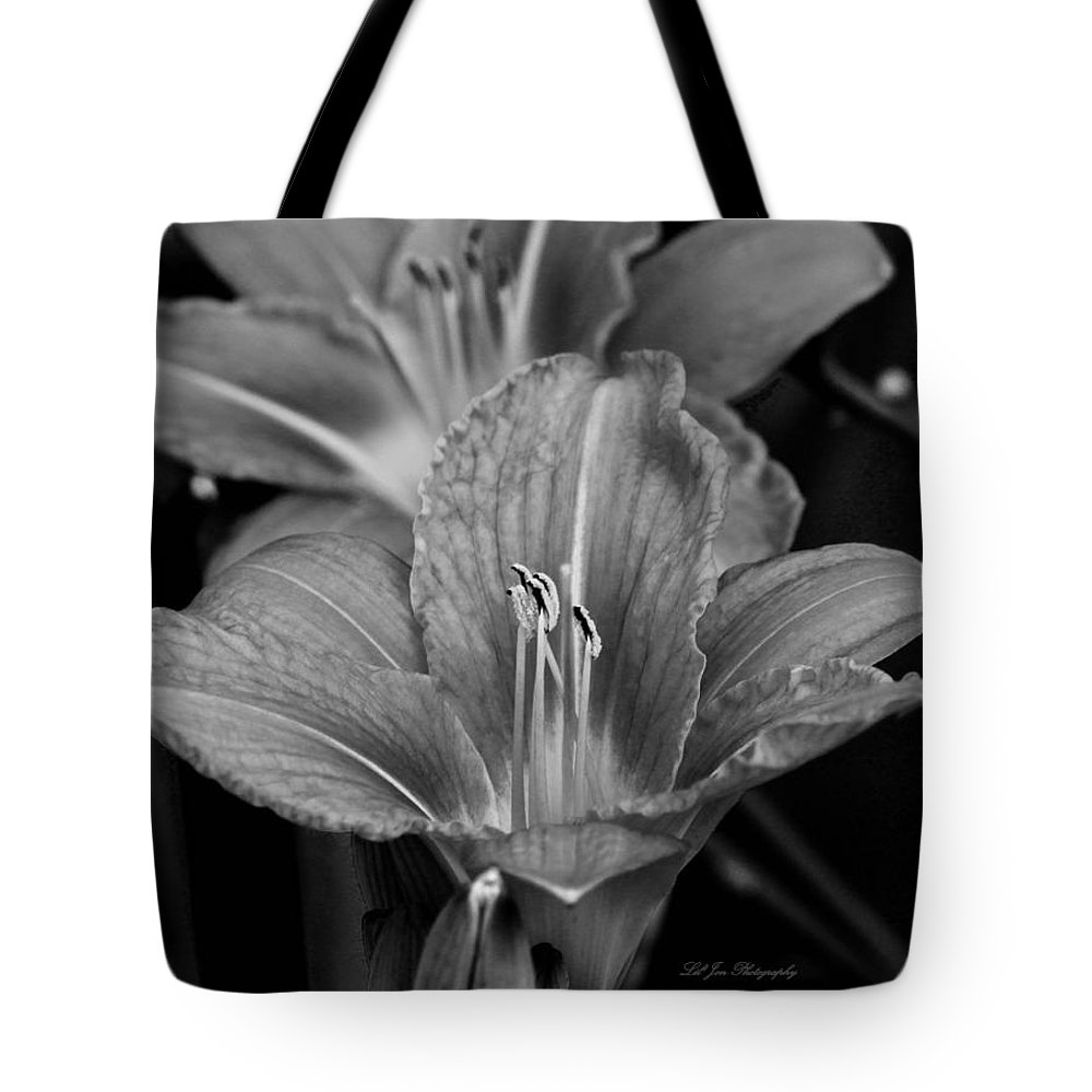 Lily Tote Bag featuring the photograph Day Lilies In Black And White by Jeanette C Landstrom
