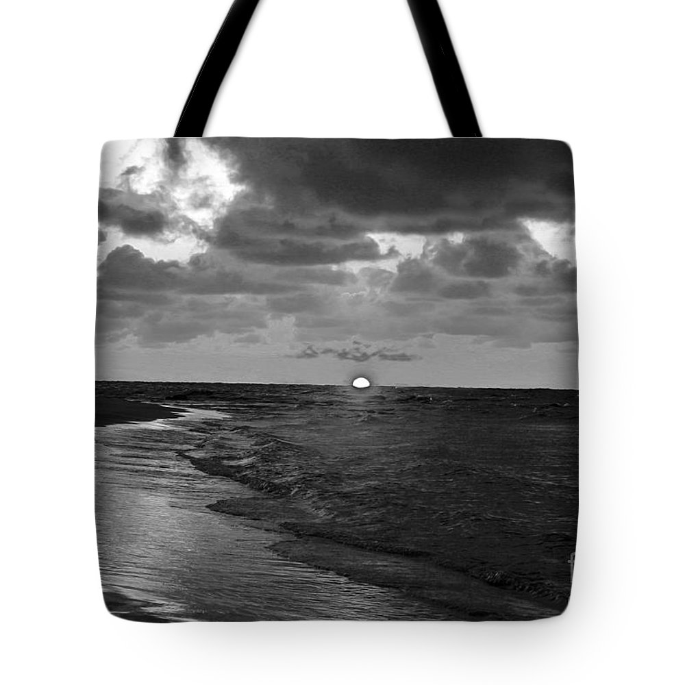 Sunset Tote Bag featuring the photograph Day's End by Nina Silver