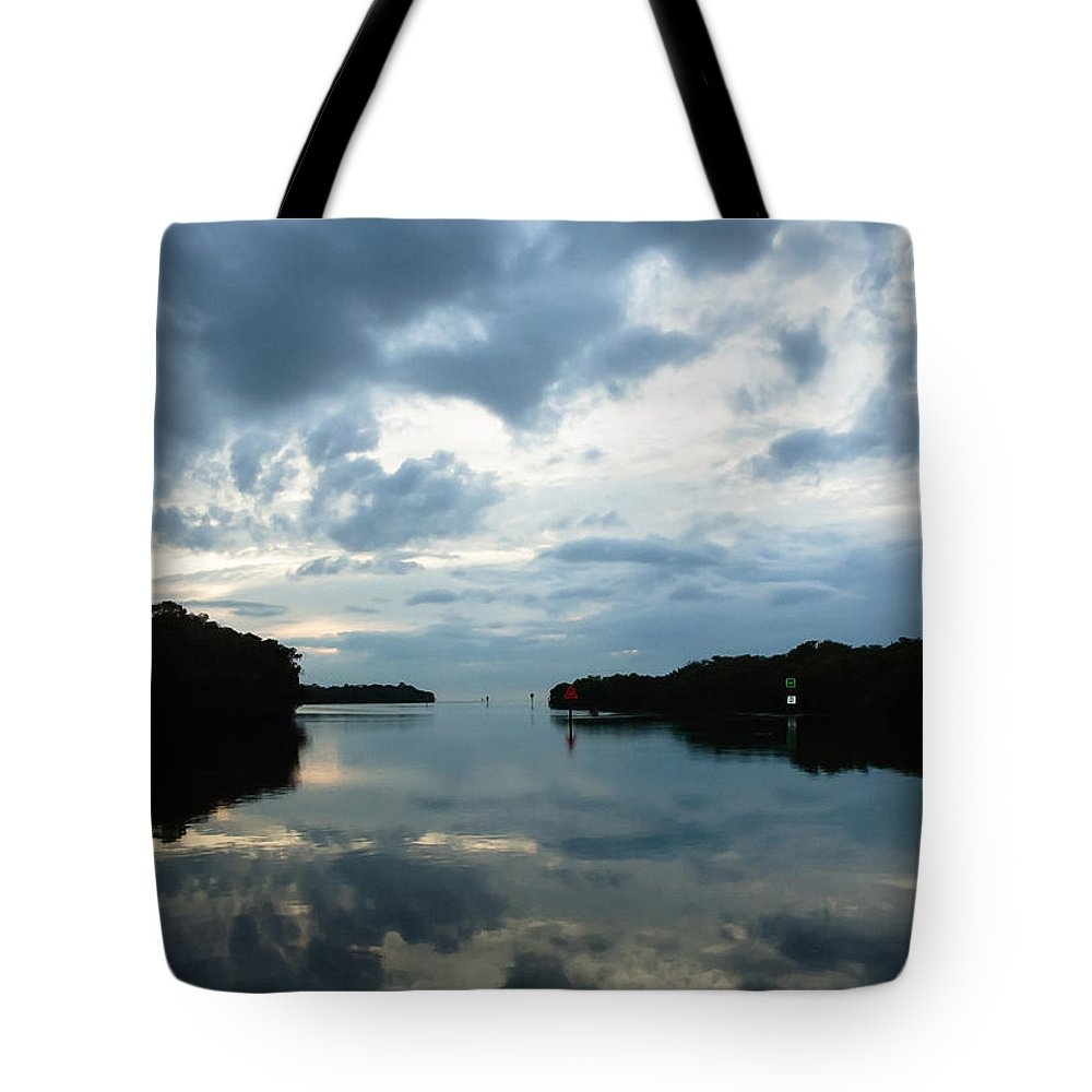 Seascape Tote Bag featuring the photograph Days End by Norman Johnson