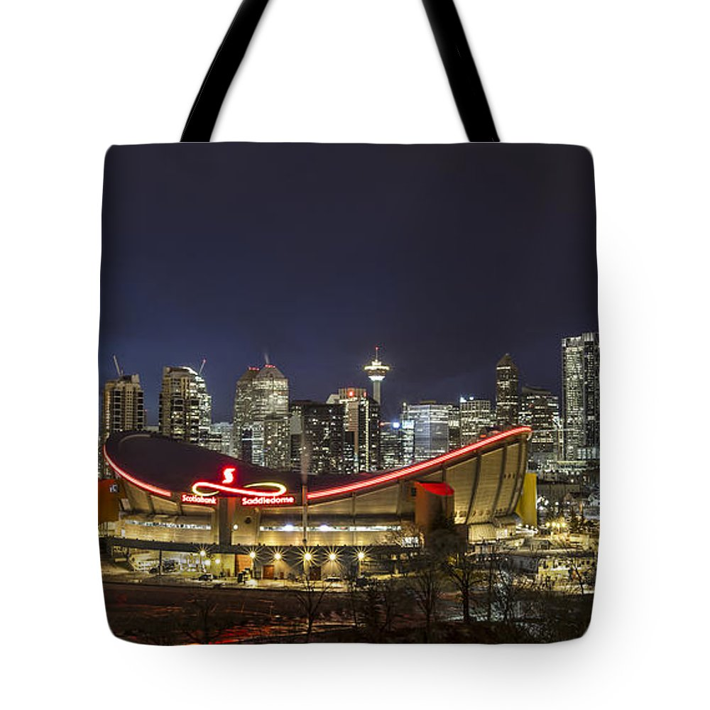 Canada Photographs Tote Bags