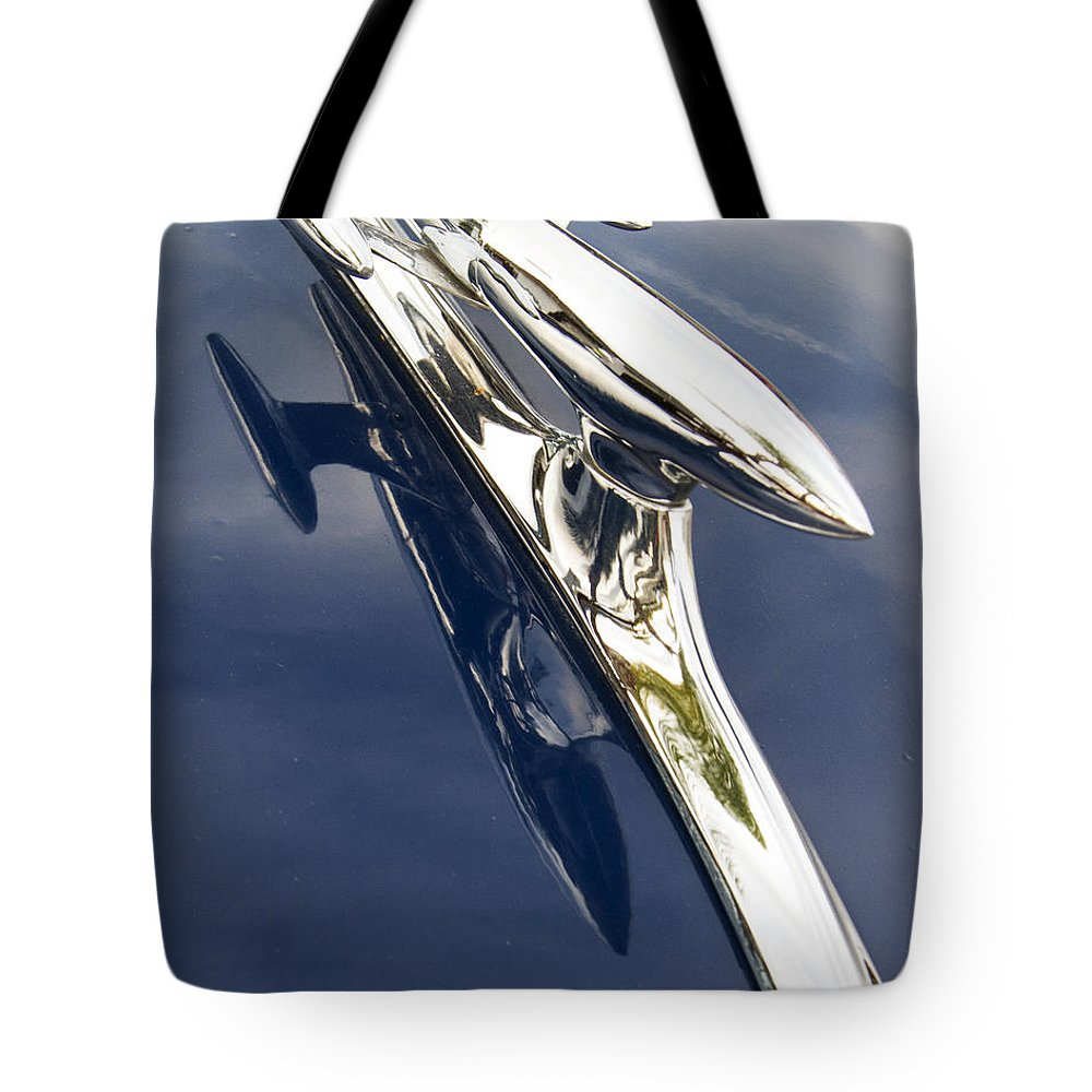 Hot Rod Tote Bag featuring the photograph Delta 88 Rocket by Guy Shultz