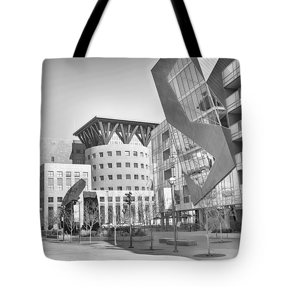 Downtown Tote Bag featuring the mixed media Denver Art Museum Courtyard Bw by Angelina Vick