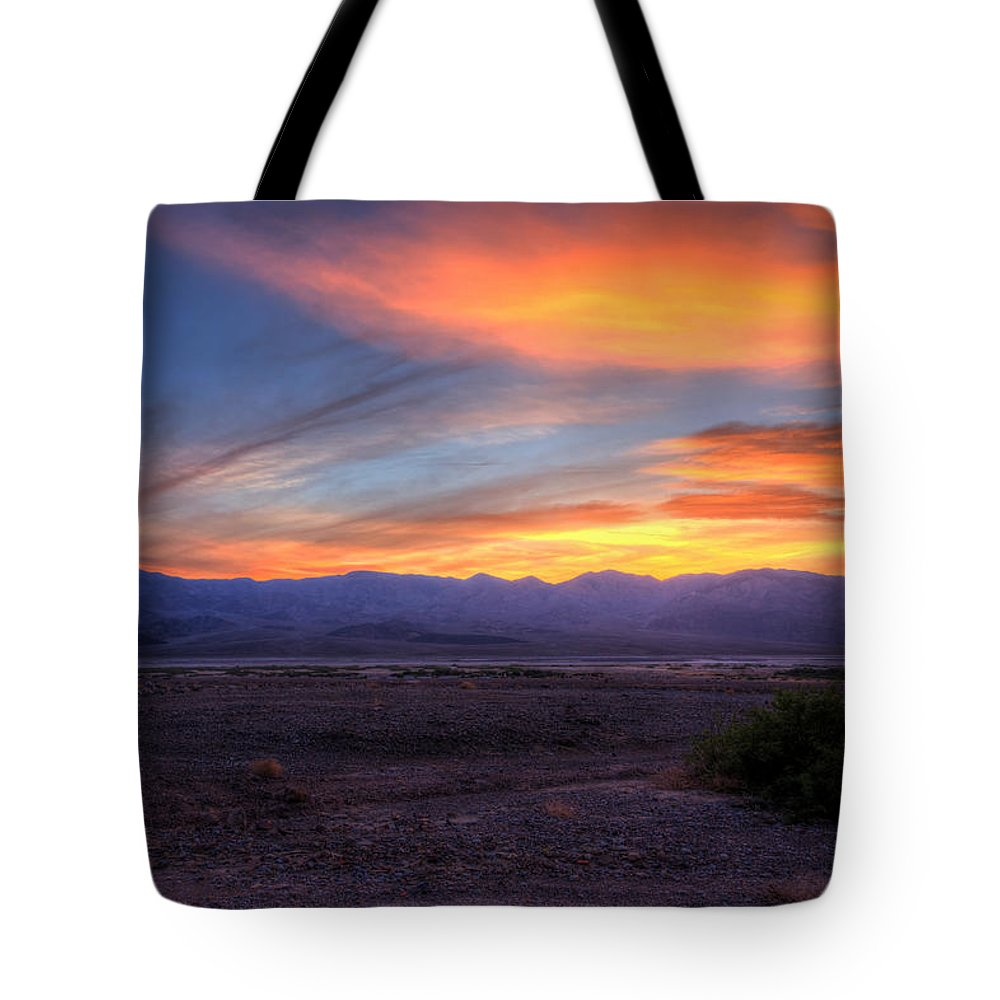 Sunset Tote Bag featuring the photograph Desert Sunset by Heidi Smith
