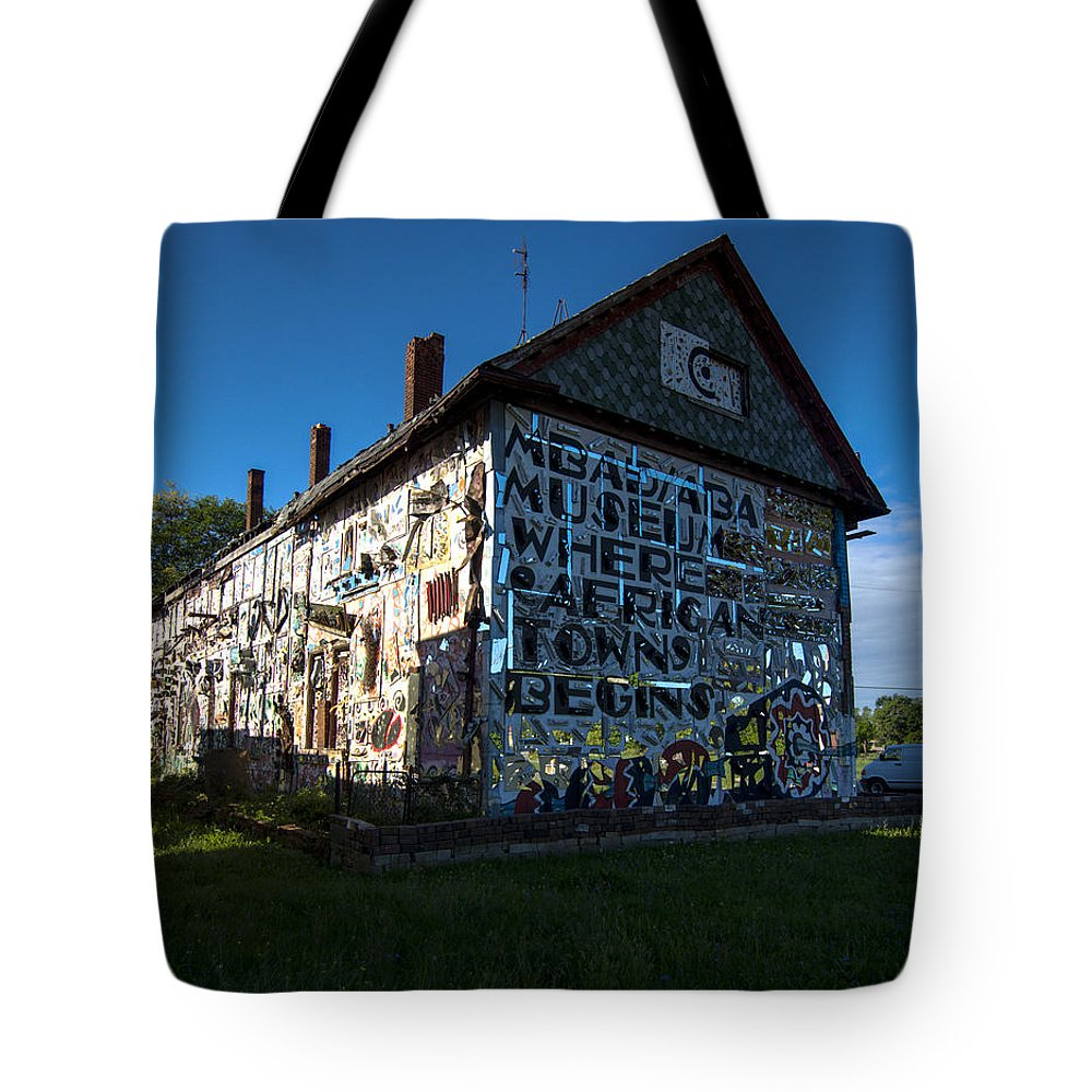 Detroit�s Africa Town Tote Bag featuring the photograph Detroit Africa Town - African Bead Museum #1 by Paul Cannon