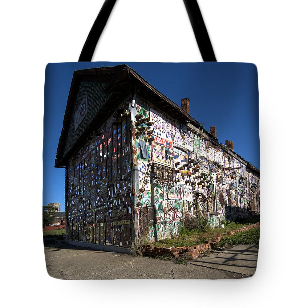 Detroit�s Africa Town Tote Bag featuring the photograph Detroit Africa Town - African Bead Museum #2 by Paul Cannon