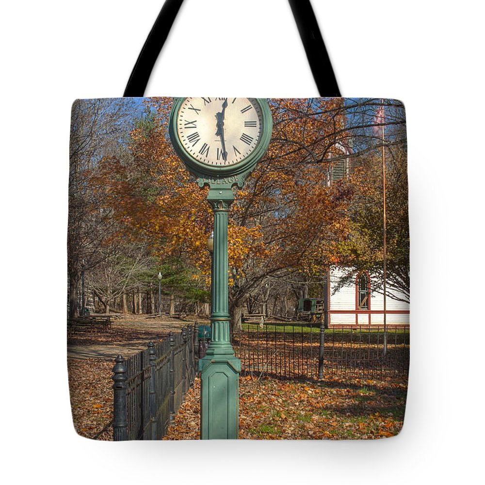 Parke Co Indiana Photographs Tote Bag featuring the photograph Do You Have The Time by Thomas Sellberg