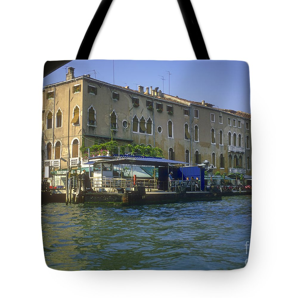 Venice Grand Venice Canal Canals Building Buildings Boat Boats Dock Docks Gondola Gondolas Structure Structures Shop Shops Stores Architecture People Person Persons Water Italy Tote Bag featuring the photograph Docks On The Grand Canal by Bob Phillips