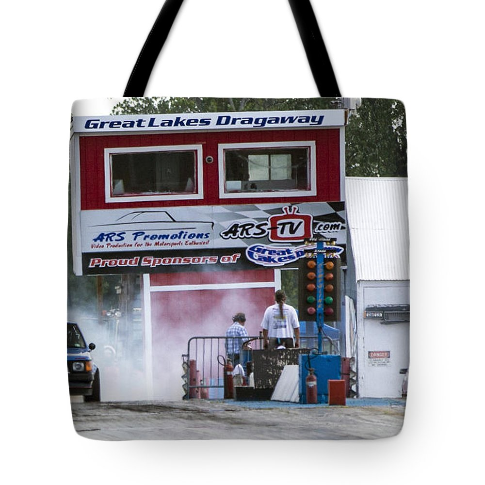 Dodge Tote Bag featuring the photograph Dodge Omni Glh Vs Rwd Dodge Shadow - 04 by Josh Bryant