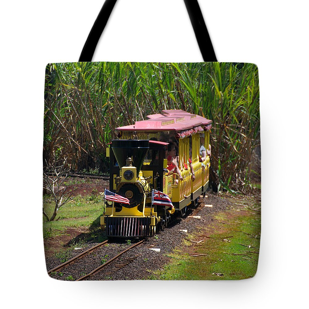Dole Plantation Tote Bag featuring the photograph Dole Planation by Richard J Cassato