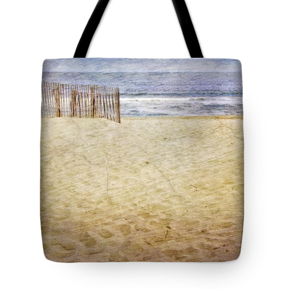 Jersey Shore Tote Bag featuring the photograph Down The Shore by Debra Fedchin