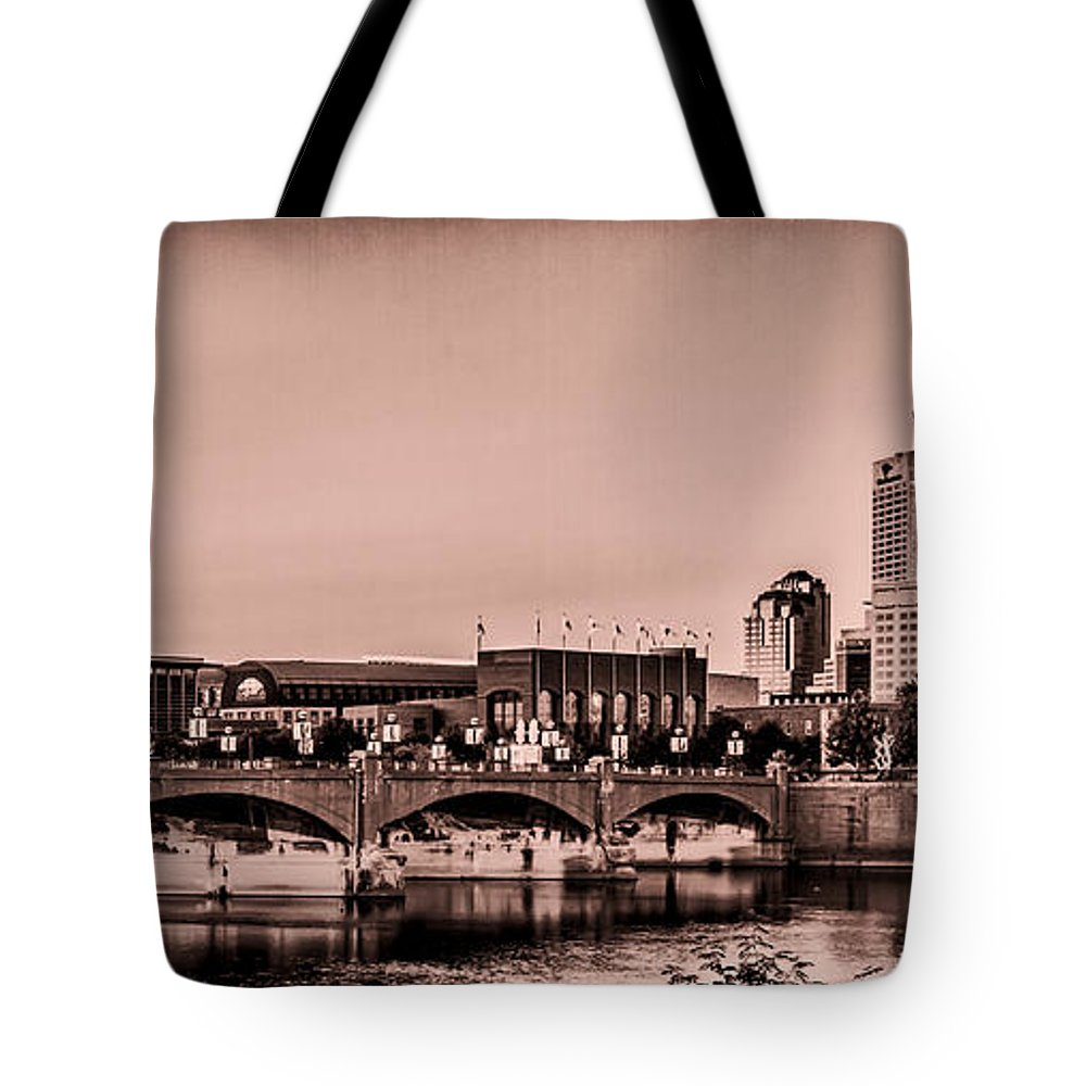 Indiana Tote Bag featuring the photograph Downtown Indianapolis by Ron Pate