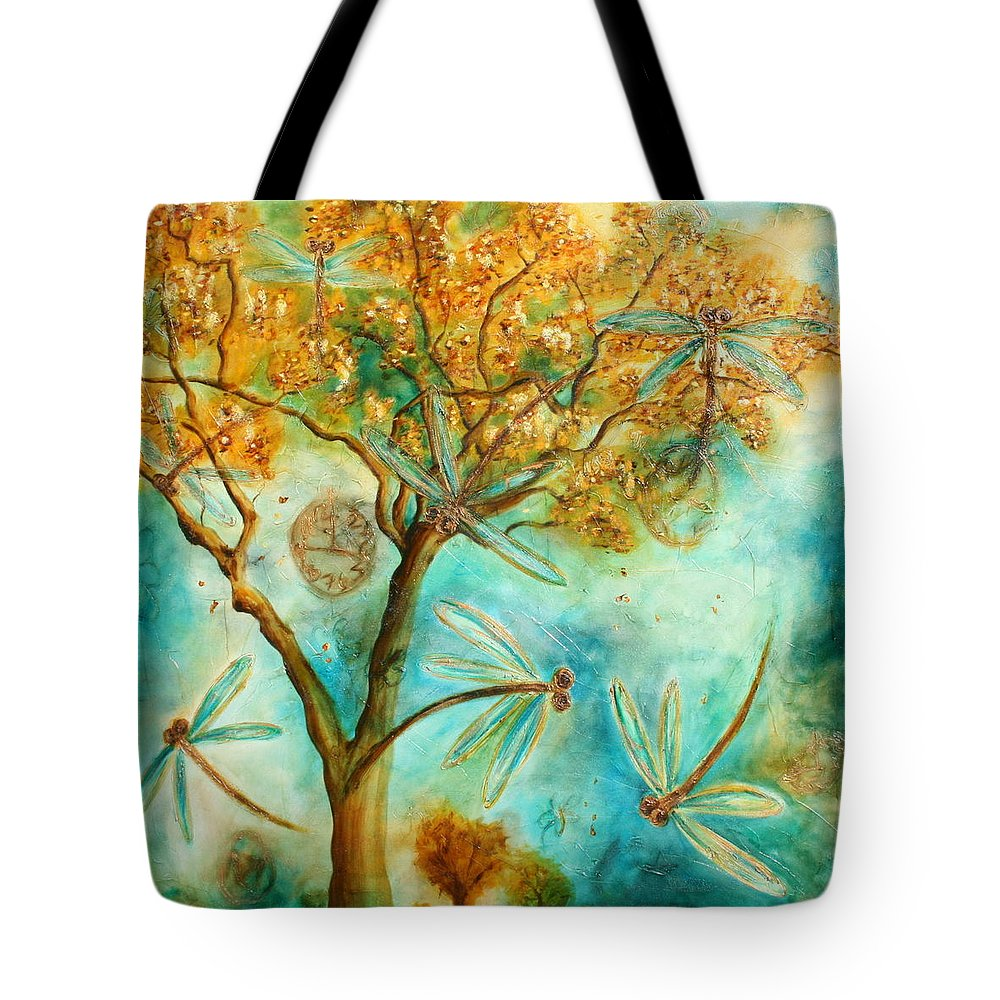 Dragonflies Tote Bag featuring the painting Dragonfly Flirtation by Lyndsey Hatchwell