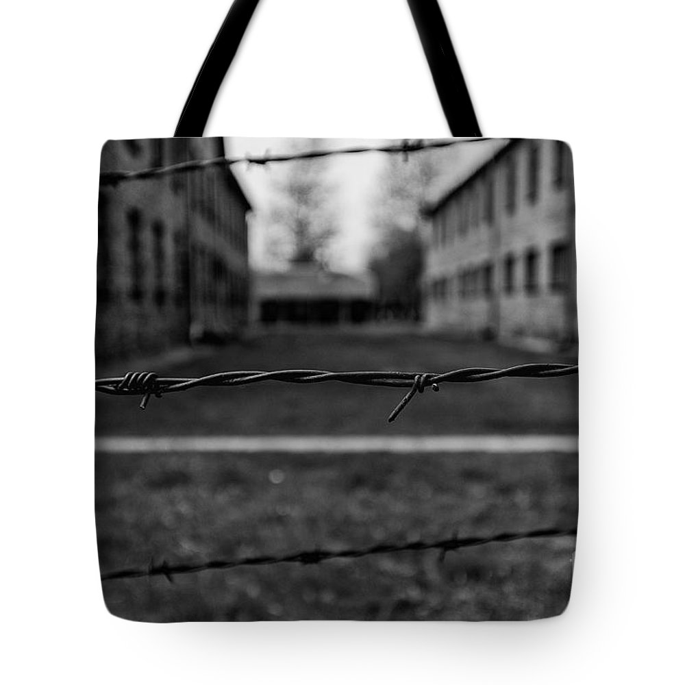 Dreaming Of The Freedom Tote Bag featuring the photograph Dreaming Of Freedom by Giovanni Chianese
