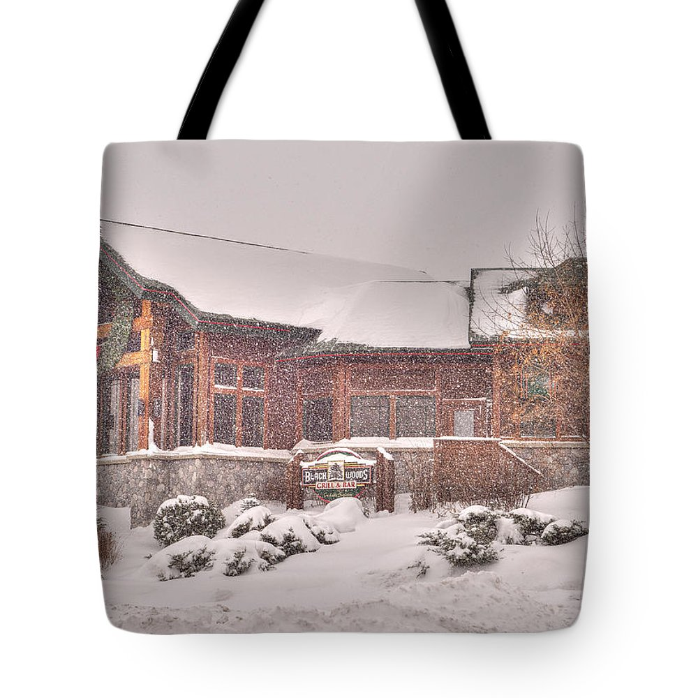 Duluth Tote Bag featuring the photograph Duluth Winter Blackwoods Grill by Shane Mossman