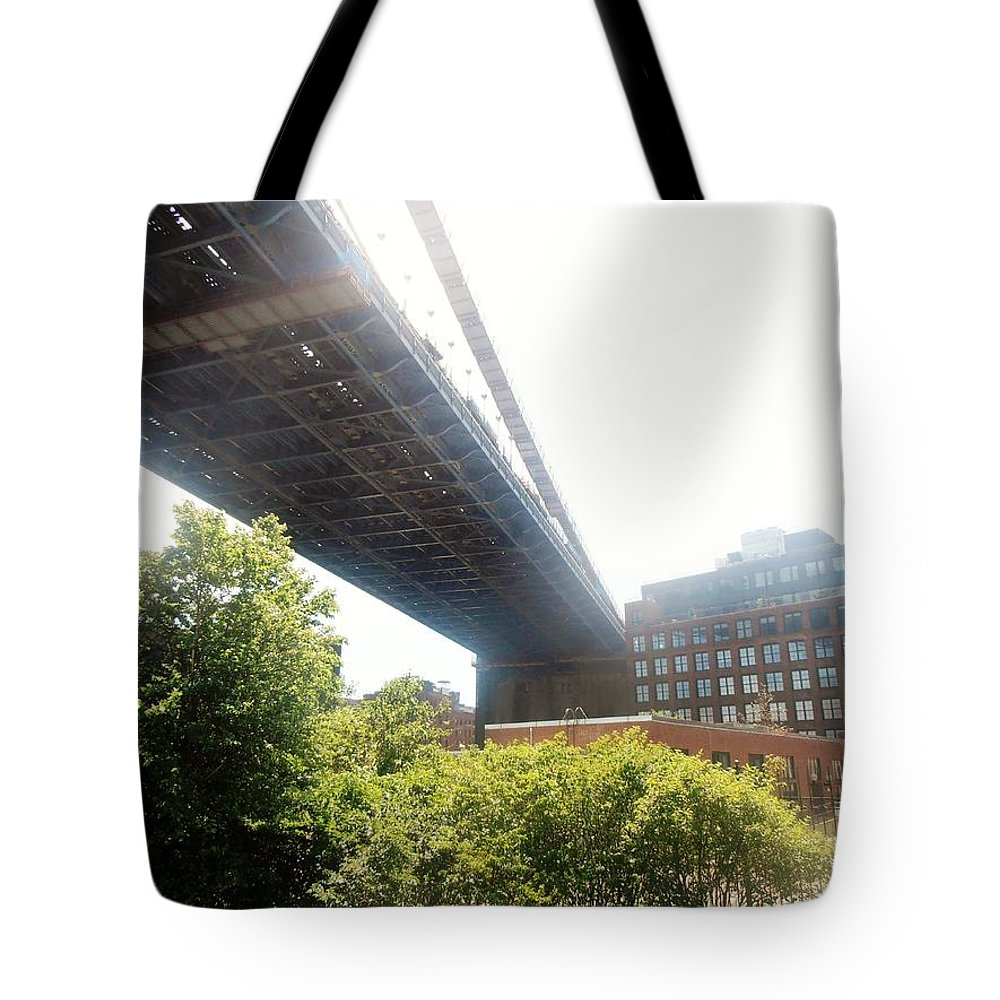 New York Tote Bag featuring the photograph Dumbo by Martin Jones