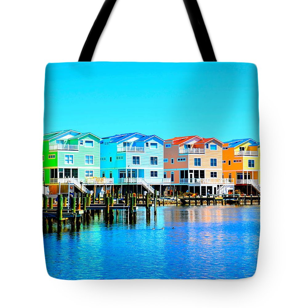 Tropical Tote Bag featuring the photograph E Sea Living by Debbi Granruth