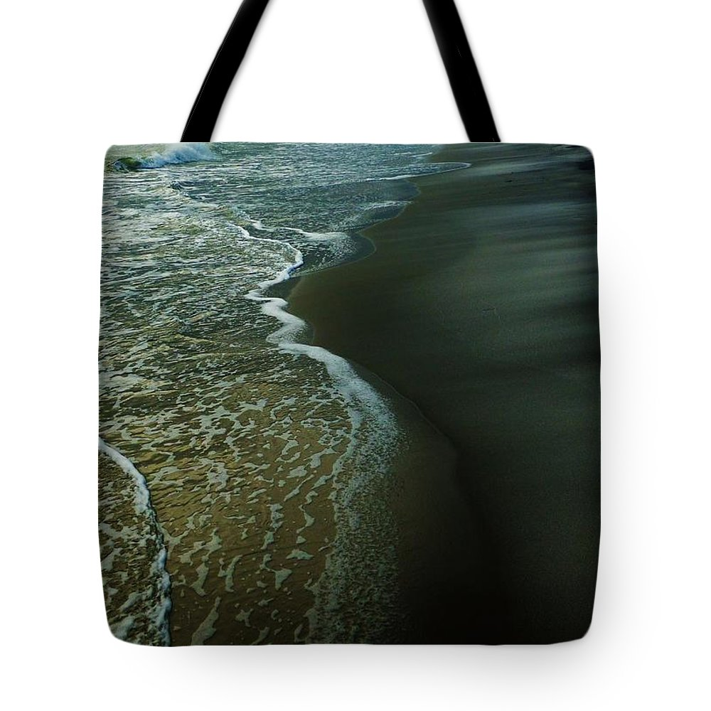 Ocean Tote Bag featuring the photograph Early Evening Surf by Holly Dwyer