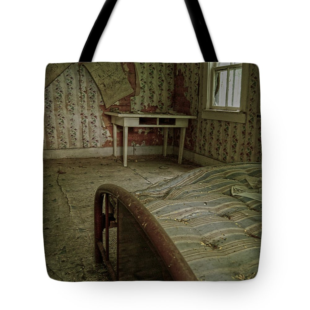 Bed Tote Bag featuring the photograph Edge Of A Dream by The Artist Project