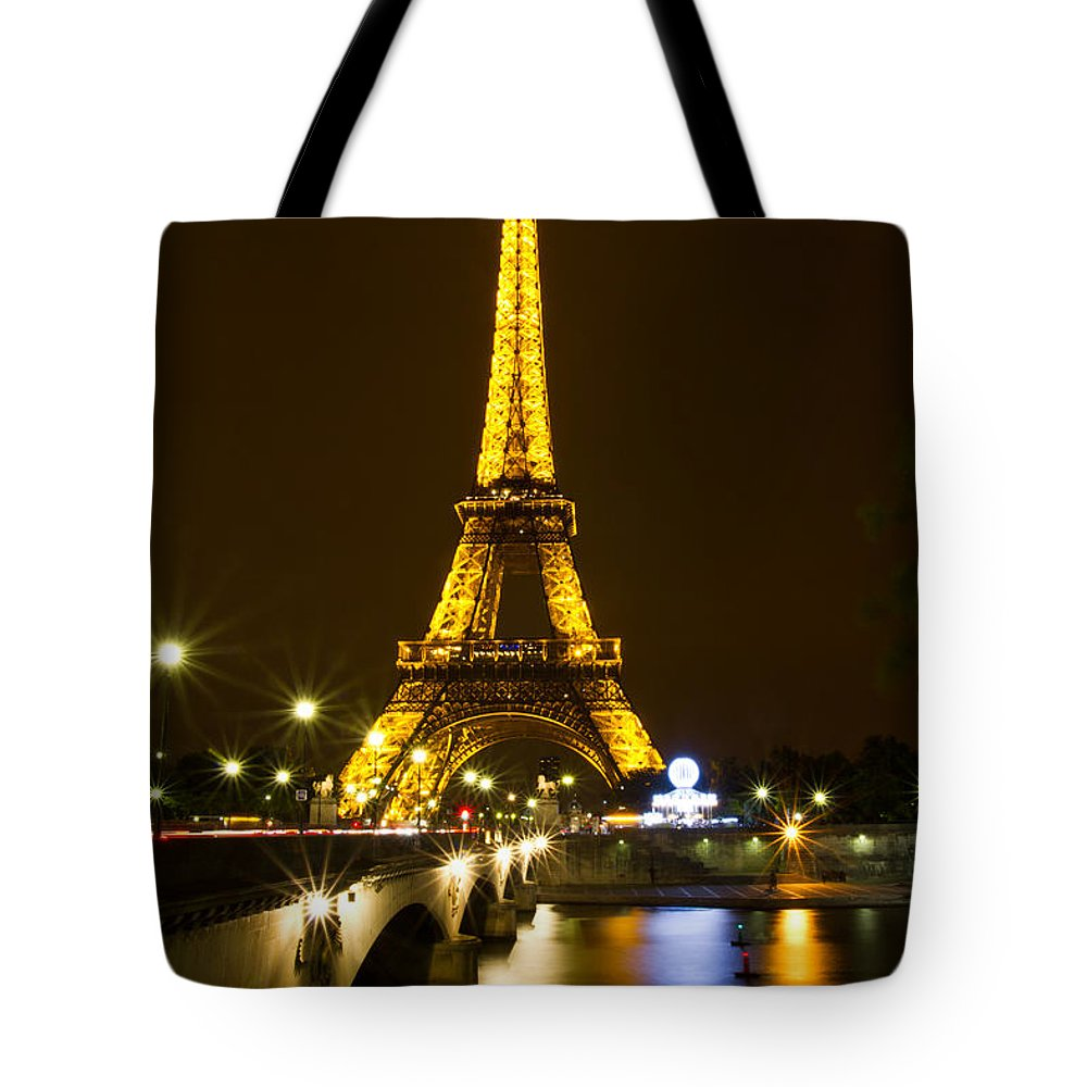 Europe Tote Bag featuring the photograph Eiffel At Night by David Freuthal