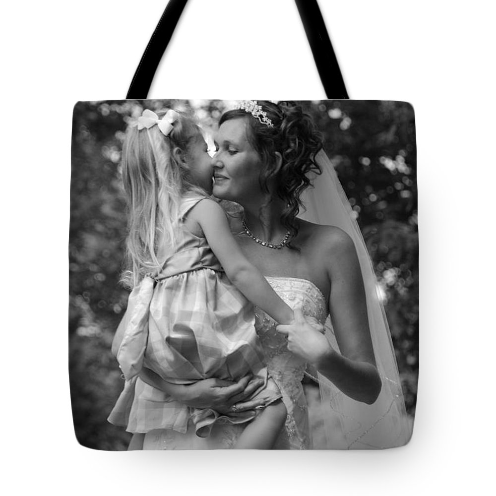 Wedding Tote Bag featuring the photograph Embrace by Photos By Cassandra