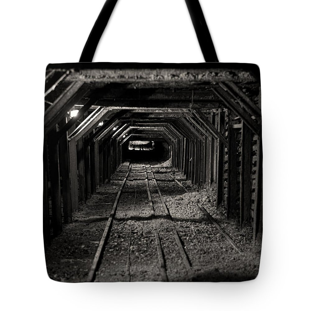 Mine Tote Bag featuring the photograph Empire Mine Shaft by Diego Re
