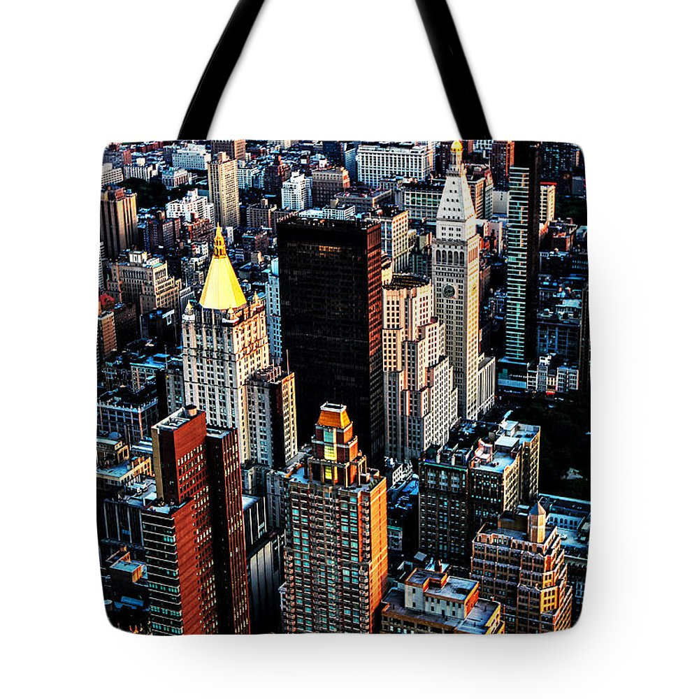 New York City Tote Bag featuring the photograph Empire View by Digital Kulprits