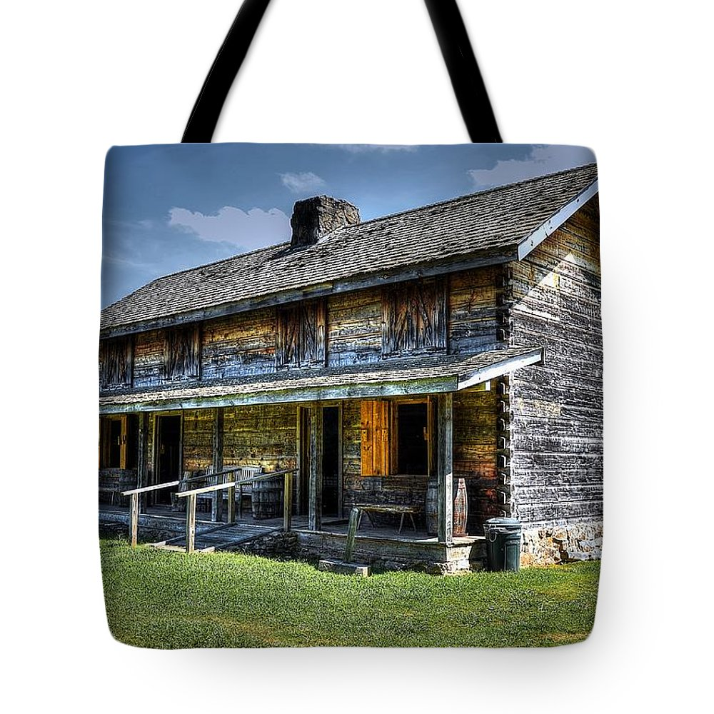 Hdr Tote Bag featuring the photograph Enlisted Barracks by Paul Mashburn